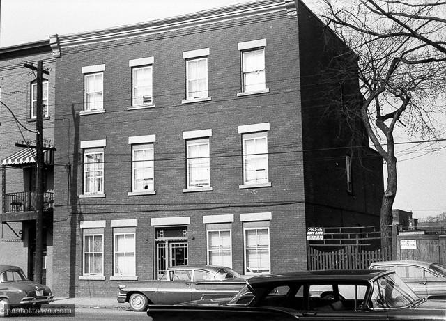L'ancien 179 rue Broad à Ottawa aux plaines Lebreton.