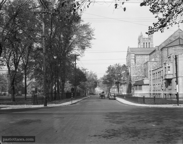 Laurier and Cumberland Intersection in 1938