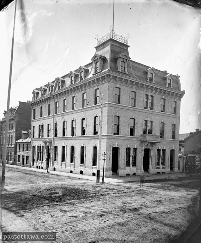 Ancien Rideau Club sur la rue Rideau