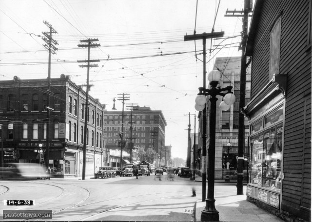 Albert Street @ Bank Street in Ottawa in 1938
