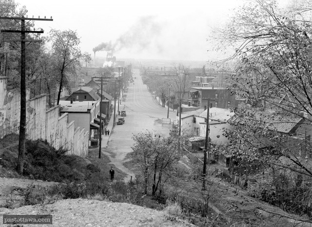 Albert Street in Ottawa seen from the Escarpments in 1938