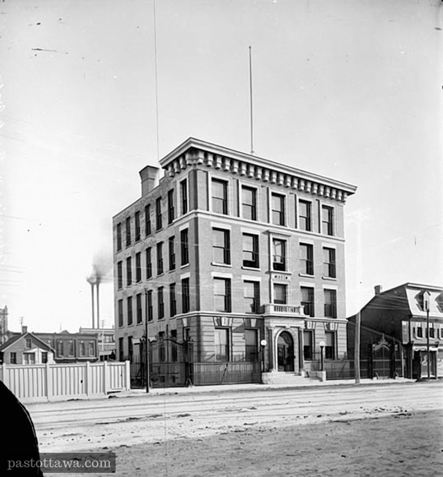 224 Wellington Street in 1901