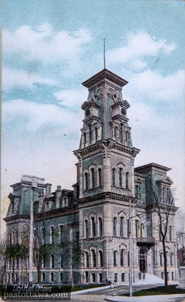 L'ancien Hôtel de ville d'Ottawa sur la rue Elgin