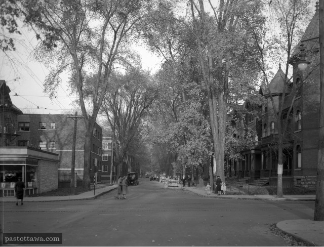 Cooper Street at Elgin in 1920