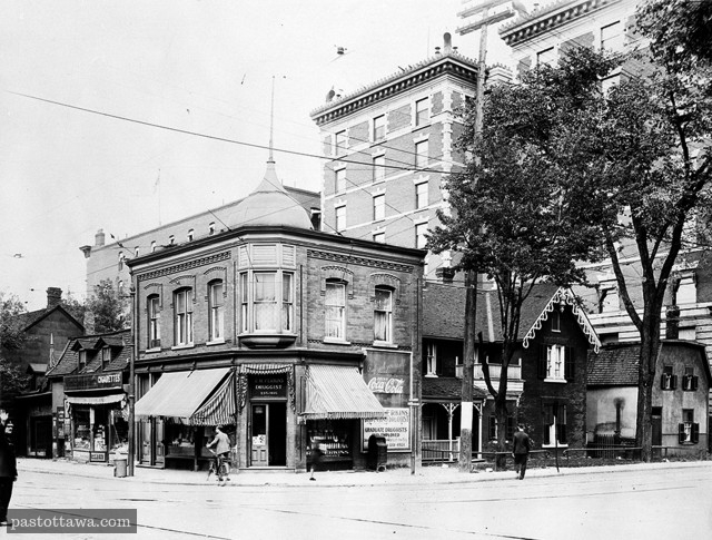 Former intersection of Elgin Street and Laurier Avenue in Ottawa in 1928