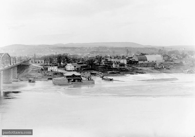 Hull from Nepean Point in 1905