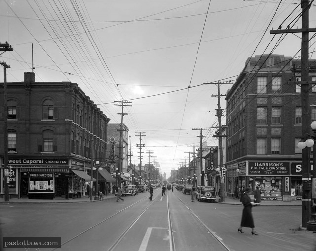 Bank and Laurier Street in Ottawa in 1938