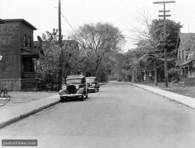 Lisgar Street @ Bay Street in Ottawa in 1938