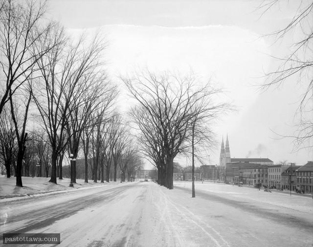 Avenue Mackenzie en 1938 à Ottawa