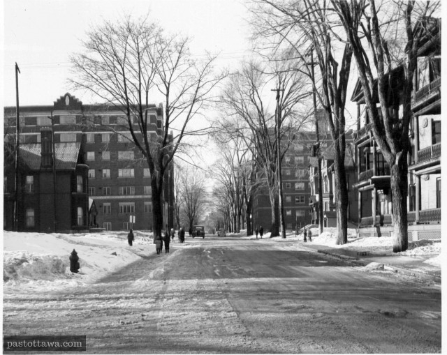 Metcalfe Street at Lewis Street in Ottawa around 1935