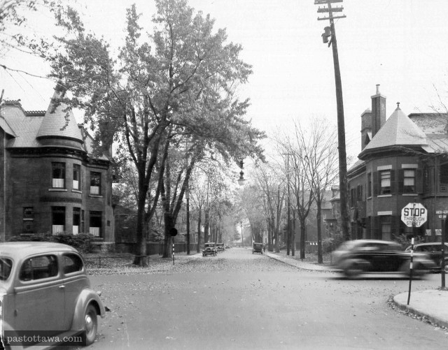 Nepean Street in Ottawa at Metcalfe Street in 1938