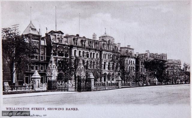 Allée des banquiers sur la rue Wellington à Ottawa vers 1910