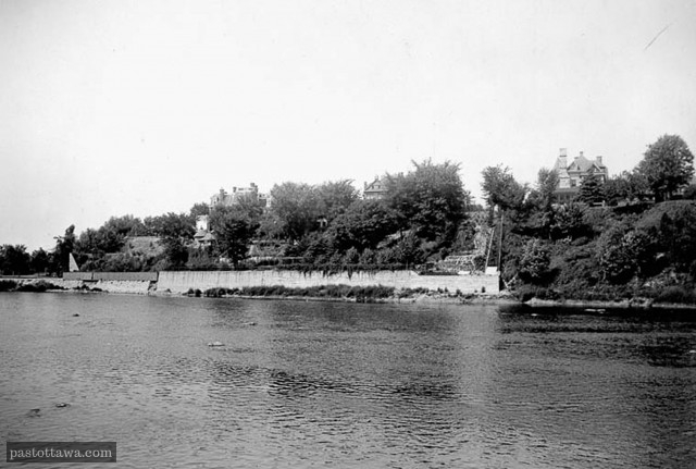 Rideau River in Ottawa around 1900