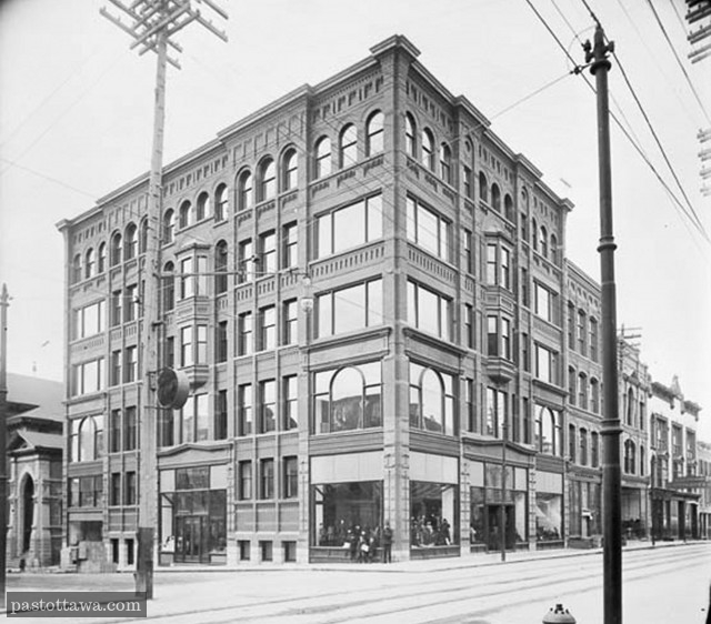 Ross Building at Metcalfe and Sparks in 1900