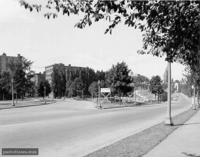 Slater Street with the former apartment buildings in Ottawa in 1938