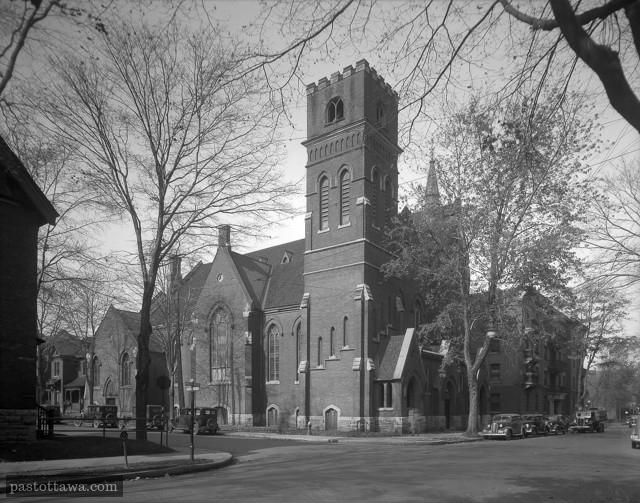 St. Paul Church at the corner of Metcalfe and Gloucester Street in 1938