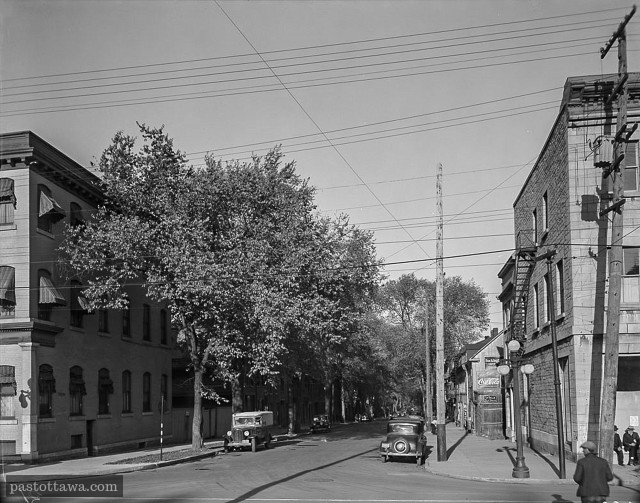 Murray Street looking East @ Sussex Drive