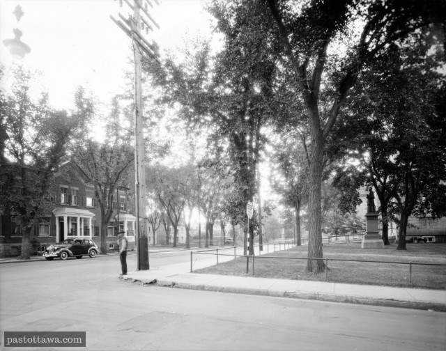 Sussex Drive looking North at St. Patrick Street in Ottawa in 1938