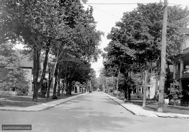 Wilbrod street looking east