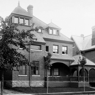Home of  Frederick N. Gisborne at 102 Lisgar street in Ottawa in 1890