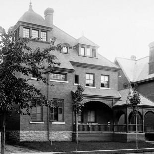 résidence de  Frederick N. Gisborne au 102 Lisgar à Ottawa en 1890
