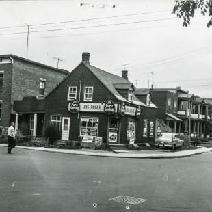 rue King-Edward au coin de la rue St-Andrew à Ottawa