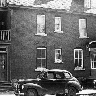 Former apartment building located at 77 Sherwood Street in Lebreton Flats in Ottawa.