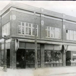 Coin Lewis et Bank à Ottawa en 1910