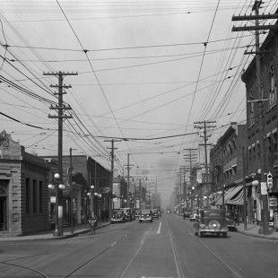 Bank Street looking North at Somerset in 1938