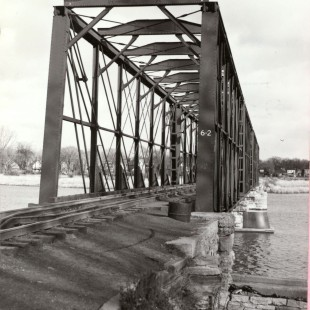 Rail Bridge going over the Rideau River in 1950 in Ottawa