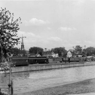 Rideau Canal and Sacred-Heart Church in the background