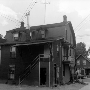 ancien intersection des rues Cobourg et St-Patrick