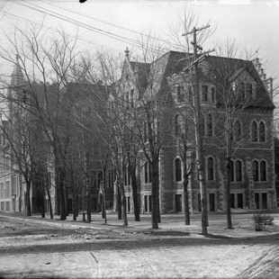 College Institute in Ottawa in 1936