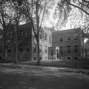 Ancienne école Saint-Joseph au coin Osgoode et College in ottawa