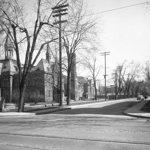 Coin des rues Lisgar et Elgin en 1938 à Ottawa
