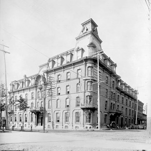 Grand Union Hotel in Ottawa