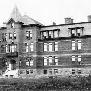 St. Luke's General Hospital in 1898 at the corner of Elgin Street and Gladstone Avenue.