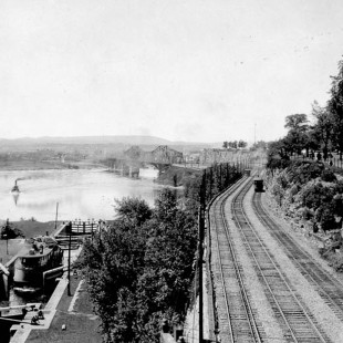 Locks of the Rideau Canal when rails were still running along Major Hill Park.