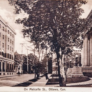Metcalfe Street in Ottawa around 1910 with the former YMCA and the public library