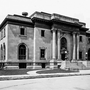 Former Public Library on Metcalfe in 1900