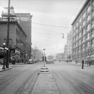 Rideau Street with the Daly Building and the Corry Block