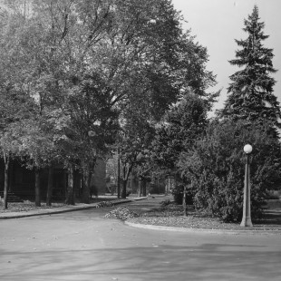 Intersection des rues Somerset et Queen Elizabeth à Ottawa en 1938