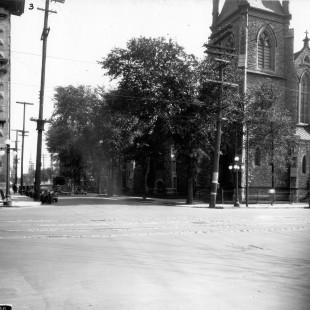 Église Saint-André au coin Wellington et Kent