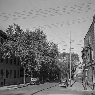 Rue Murray à la hauteur de la promenade Sussex regard vers l'est en 1938