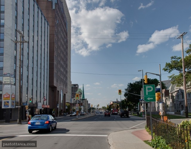 Elgin Street at Lisgar looking north in Ottawa in 2013