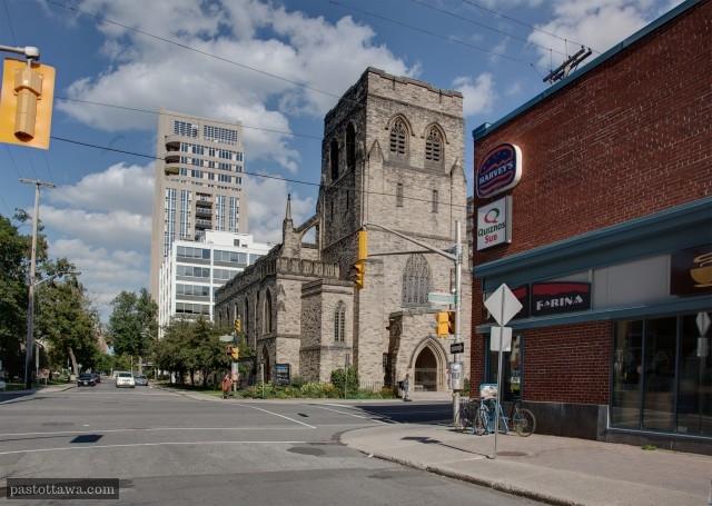 L'église Knox sur Elgin dans les années 2013