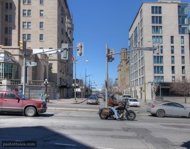 Avenue Mackenzie et la rue Rideau en 2013