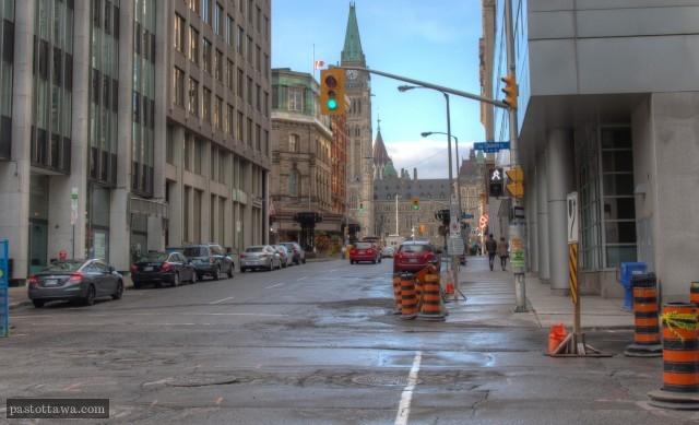 rue Metcalfe au coin de la rue Queen regard vers le nord