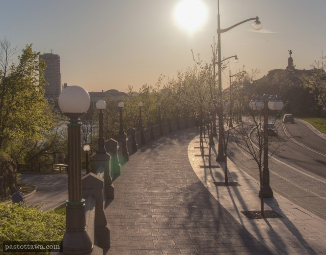 rue St-Patrick et le pont Alexandra