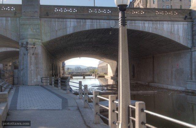 Plaza Bridge in 2013 with the Rideau Canal